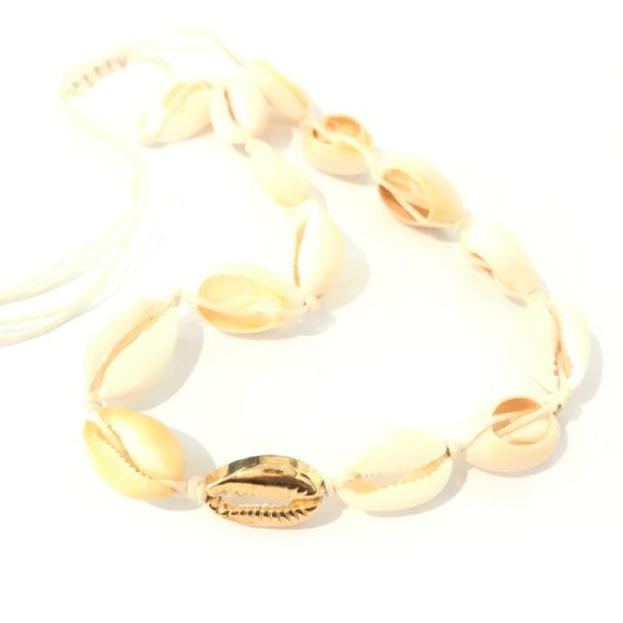 Shell Choker – Natural Gold